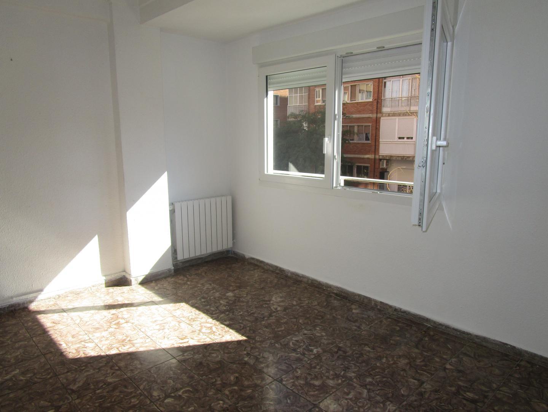 Alquiler de piso en centro zaragoza for Piso zaragoza alquiler